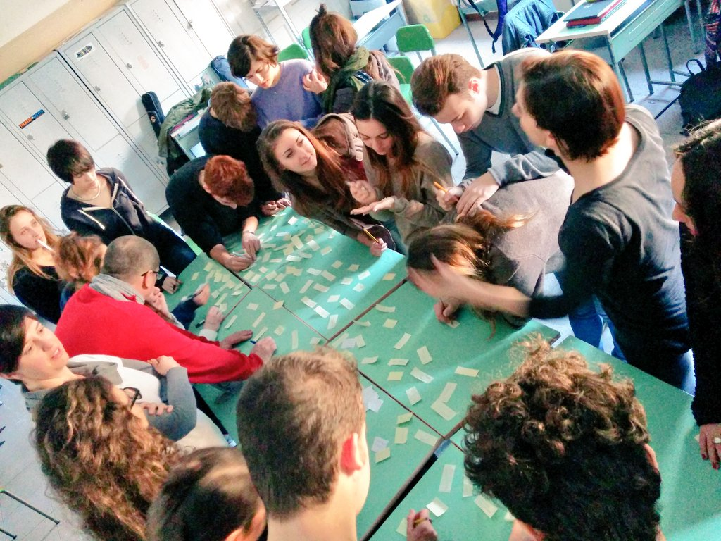 A scuola di crowdfunding con il liceo artistico orsoline for Liceo di moda milano